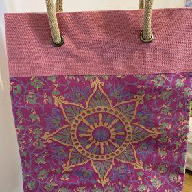 Geanta – model mandala roz